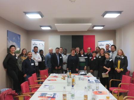 Gruppenfoto mit Ministerin Grimm-Benne anlässlich ihres Besuchs des MiiDU-Projekts am 9 November 2018 in Dessau-Roßlau